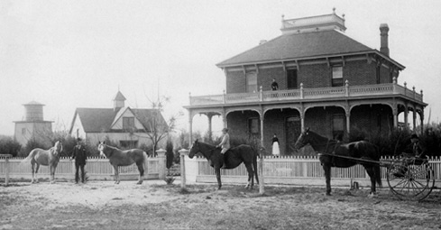 Image: The Estudillo Mansion in 1890